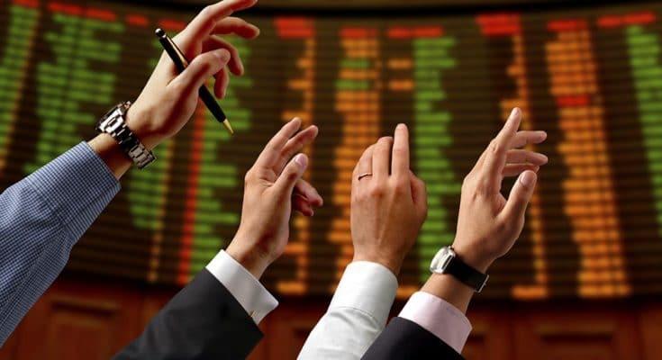 Mercato Azionario viaggi banche guerra dei dazi